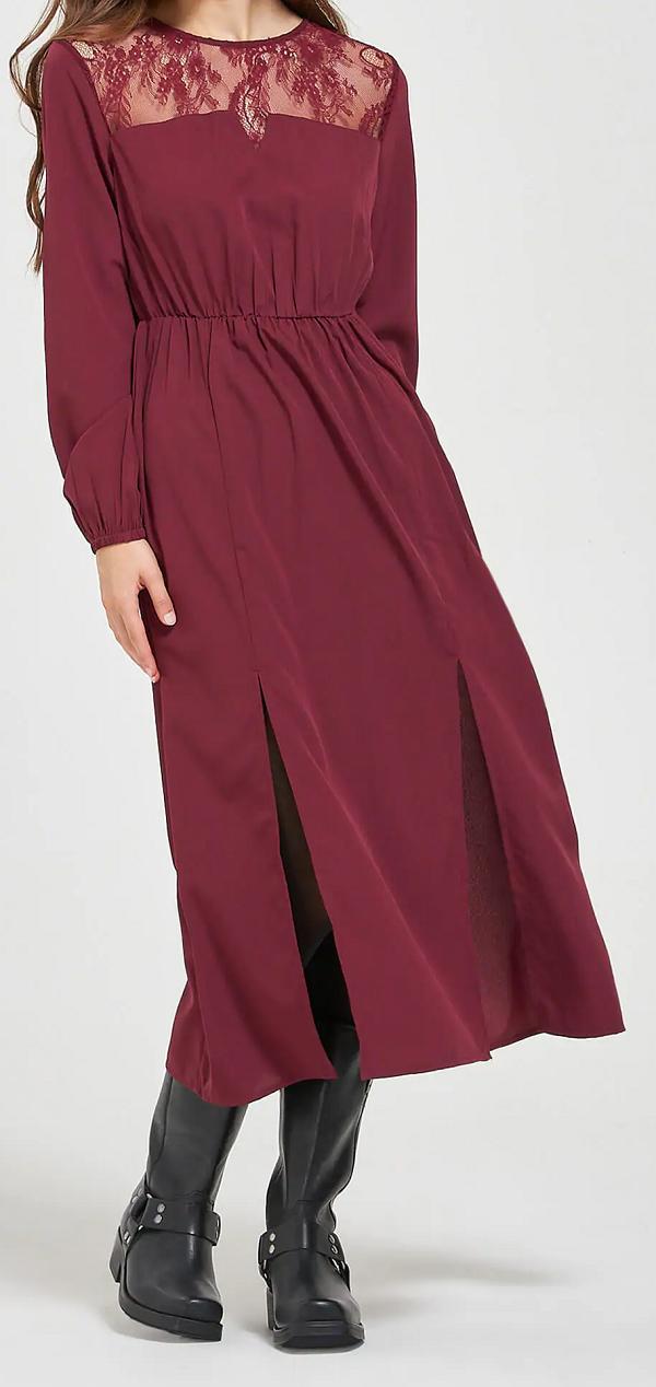 Dámské vínové dlouhé šaty (Vínové šaty s krajkou značky Terranova)